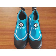 Reef Shoes Size 9 - Blue
